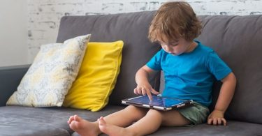 Break the children gadget addiction