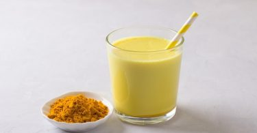 Golden milk or turmeric milk amazing health benefits