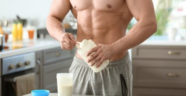 Build strong muscles with Whey protein benefits