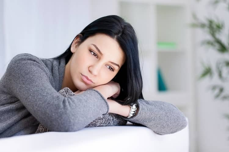 Hormonal Imbalance In Females Causes, symptoms and treatment in Hindi