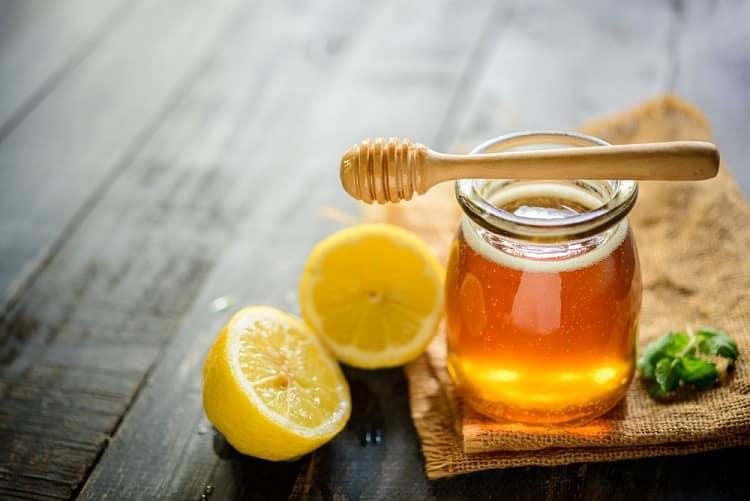 योनि के बाल हटाने के उपाय शहद और नींबू - Honey and lemon for vaginal hair in Hindi