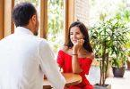 अपने बॉयफ्रेंड से पूछने के लिए हॉट और नॉटी सवाल - Hot And Naughty Questions Ask Your Boyfriend In Hindi